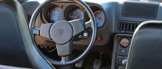 Porsche_924S_05